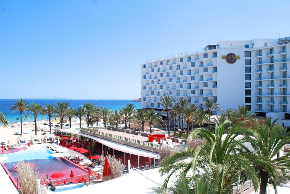 Ushuaia-Ibiza-beach3