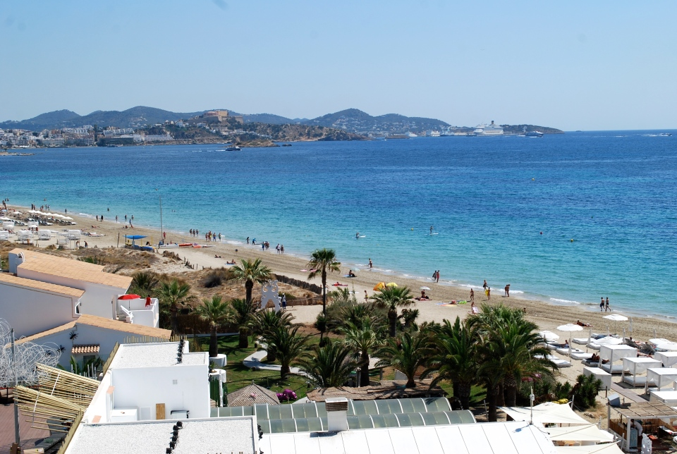 Ushuaia-Ibiza-beachJPG