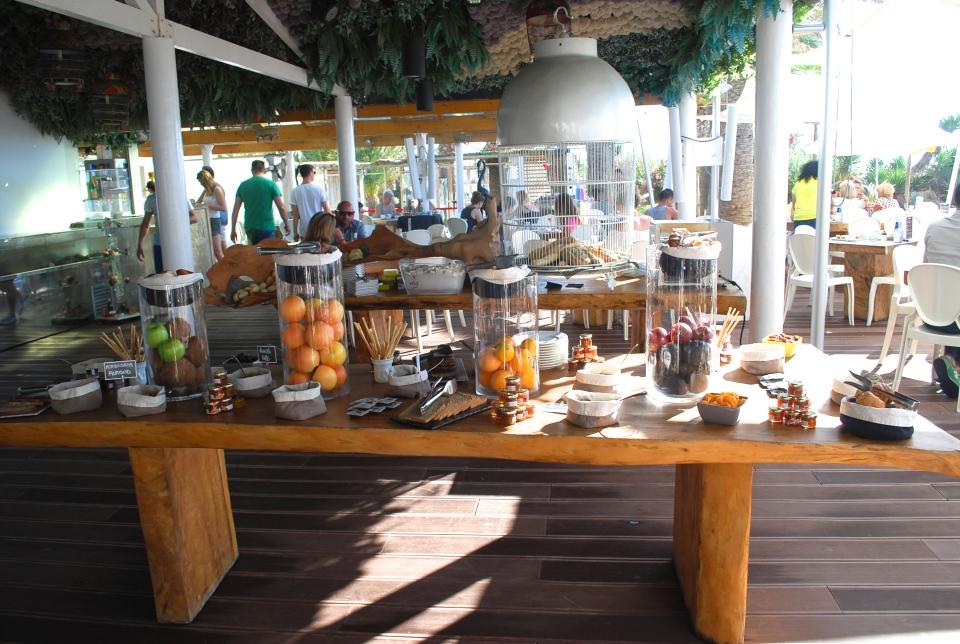 Ushuaia-Ibiza-breakfast